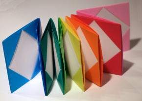 colorful origami accordion rainbow arcobaleno